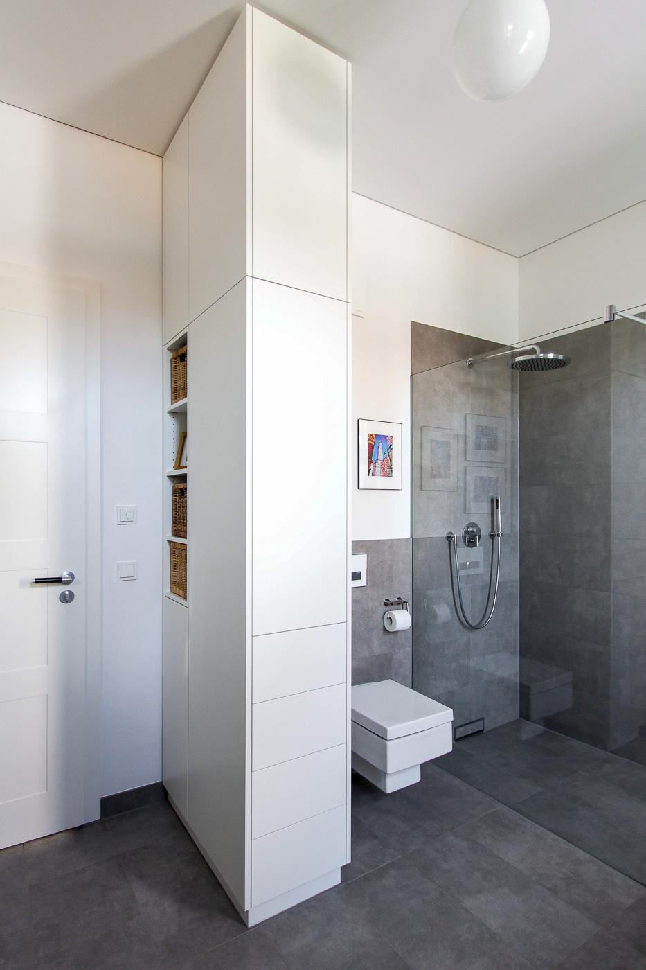bad schrank beautiful das bild wird geladen with bad. Black Bedroom Furniture Sets. Home Design Ideas